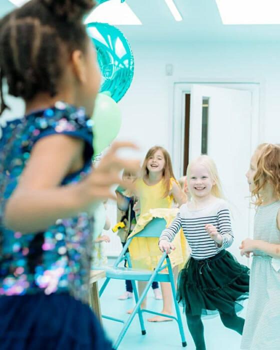 Bespoke-childrens-parties-Bromley-London-Skylark-Dance-(7)